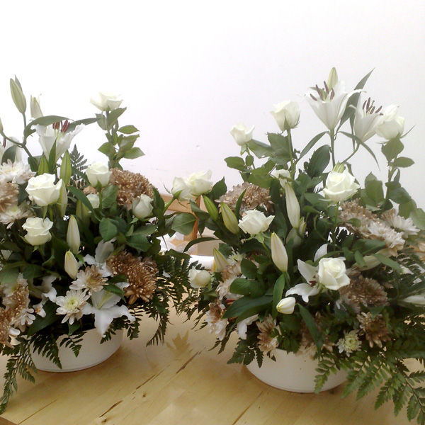 Hall decoration: church arrangement