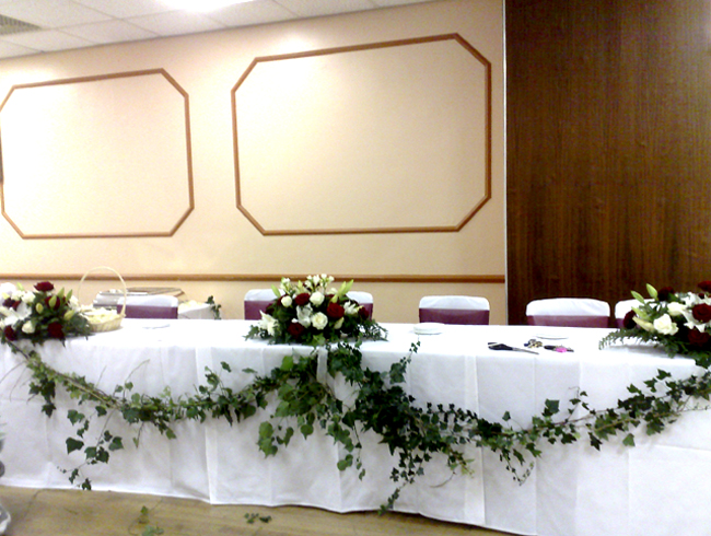 Great High Table Decorations 650 x 490 · 337 kB · jpeg